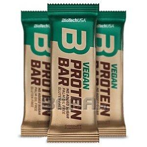 BioTech USA Vegan Protein Bar 50g 1/2